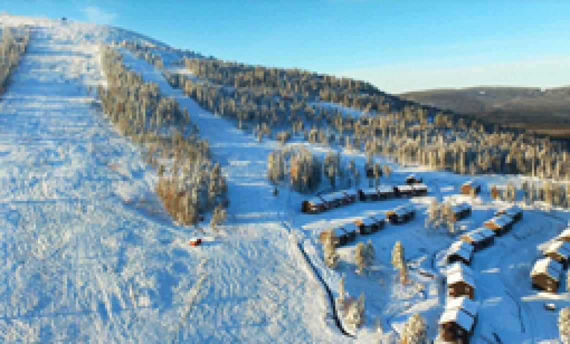 skiferie med børn, bo tæt på bakken og pisten, ski-in, ski-out