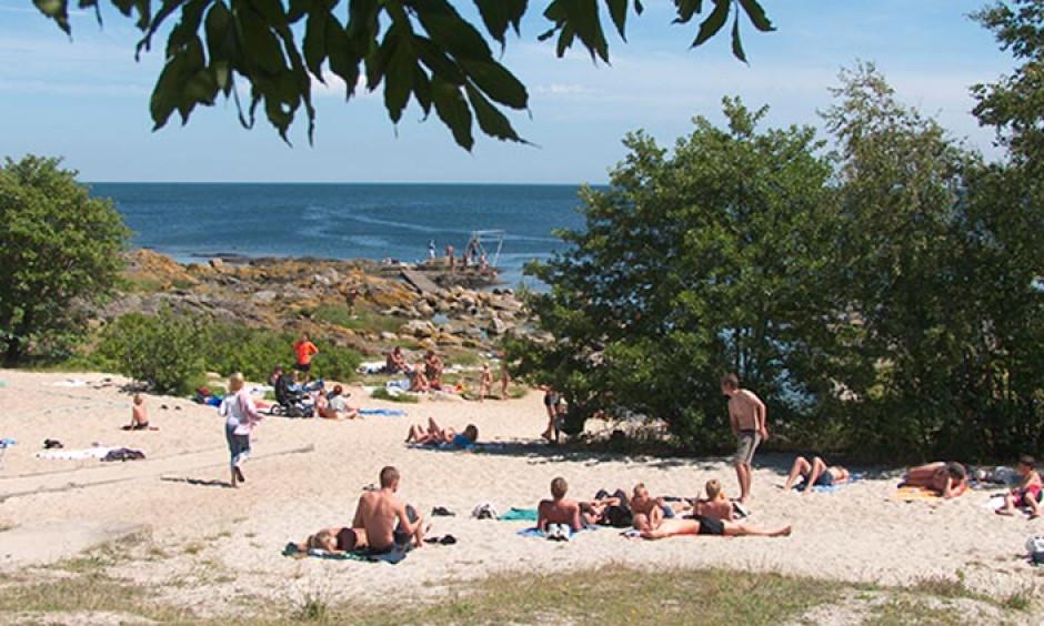 hullehavn, strand, svaneke