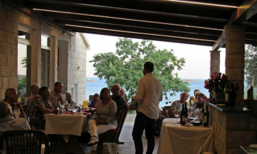 Strandbar og restaurant