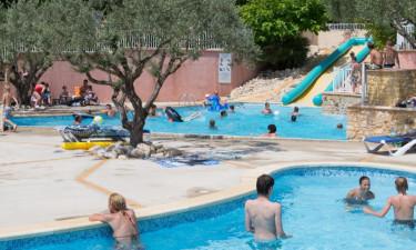 Pool, aktiviteter og restaurant