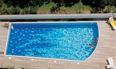 Glæd jer til både pool og strand på Torre Del Sole