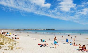 Poolsjov og strandbesøg
