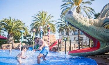 Hele fire fantastiske poolområder