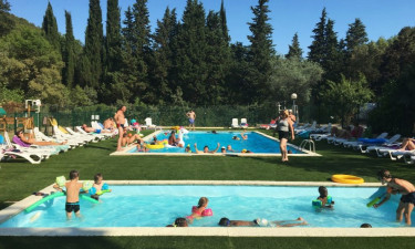 Camping Les Tomasses in der Provence