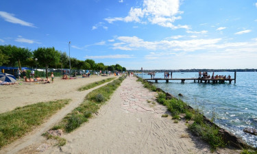 Gardasøens dejlige badevand