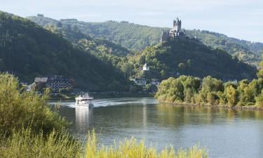 Oplev storslået natur, bjerge og floden Rhinen