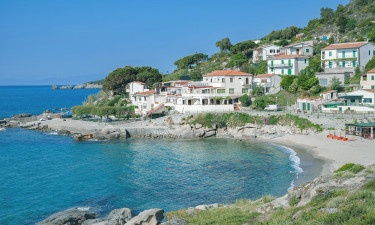 Najlepsze miejsca na rodzinny kemping na wyspie Elba