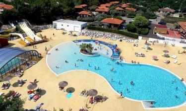 Skønt poolområde og strand