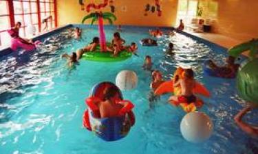 Pool und Einrichtungen am Platz