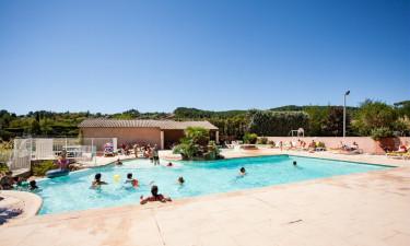 Børnevenlig pool og søstrand