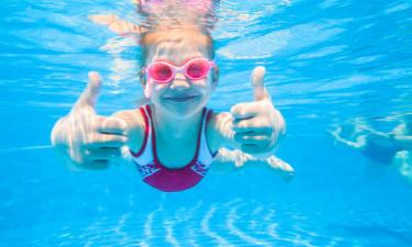 Gode bademuligheder ved pool og strand