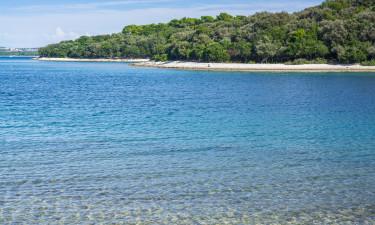 Skøn strand med smuk udsigt