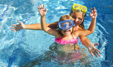 Vandland, rutsjebaner og wellness