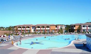 Pool og strand til alle gæster