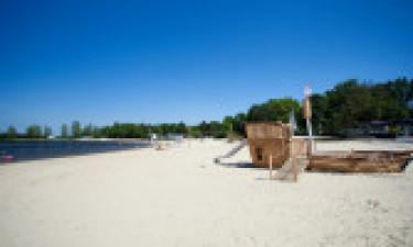Baseny, plaża i inne udogodnienia