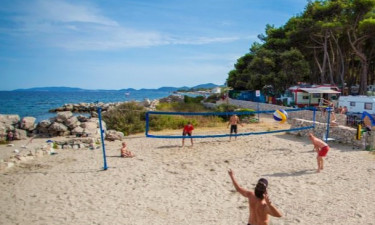 STrand Camping Rapoća auf Dalmatien