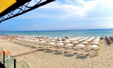 Strand Camping Alimini Smile Village in Apulien