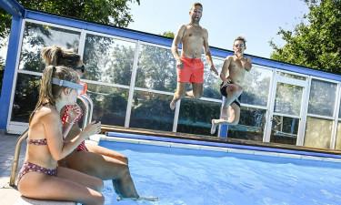 Udendørs pool og aktiviteter