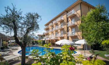 Nyd et skønt ferieophold Hotel Romeo
