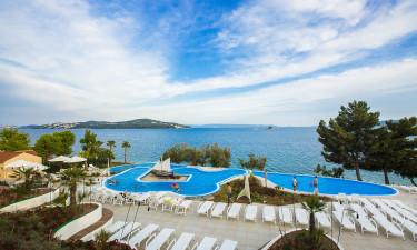 Dejlig strand og hyggelig pool