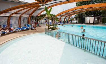 Opvarmet swimmingpool
