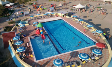 Pool Camping Rosolina Mare Club an der Adria