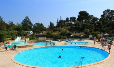 Flere pools og rutsjebaner
