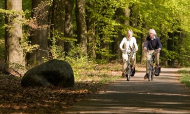 Tag en cykeltur fra campingpladsen