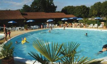 Camping med inden- og udendørs pool