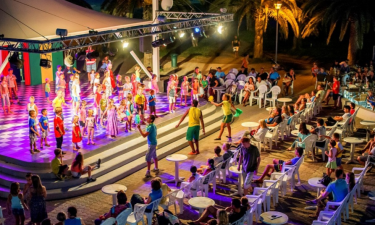 Abendprogramm Camping Marina d'Erba Rossa auf Korsika