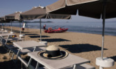 Plaża i inne udogodnienia na miejscu