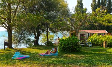 Få det hele samlet hos Lago di Bracciano