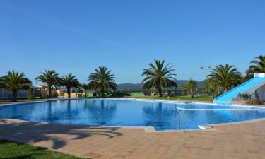 Gode badefaciliteter uanset om det er pool eller strand