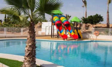 Spa, opvarmet pool og lækker sandstrand