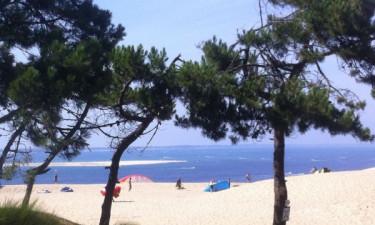 Swimmingpool og skøn strand i nærheden