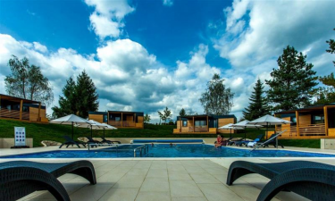 Pool Camping Plitvice Holiday Resort in Zentral-Kroatien