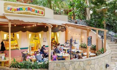 Restauranter, caféer og butikker