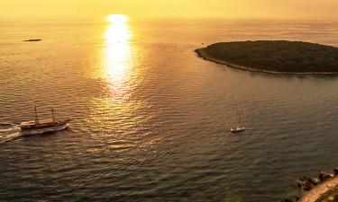 Oplev den charmerende kystby, Funtuna