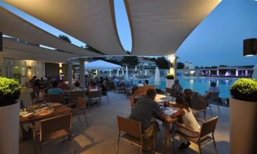 Smukke restauranter og poolbar