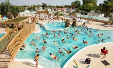Pool Camping Le Soleil de la Mediterranee in Languedoc
