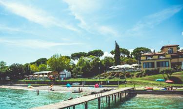 Glam Village Desenzano ved Gardasøen