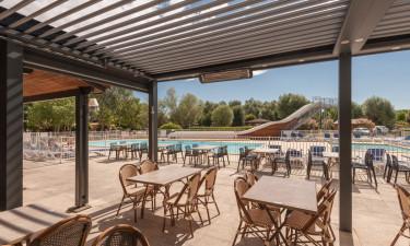 Restauracja, bary i baseny