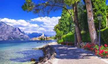 Friluftsaktiviteter og vandsport på og omkring Gardasøen