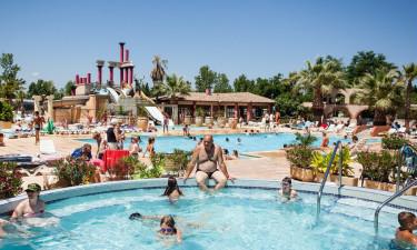 Flot og gennemført poolområde