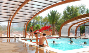 Pool Camping La Chapelle in Languedoc