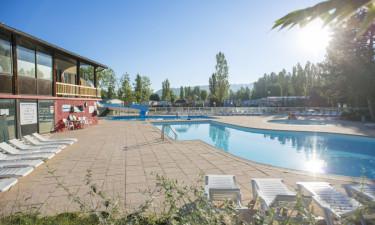Opvarmet poolområde og aktiviteter