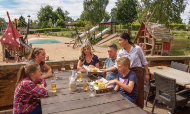 Spis godt ude og hjemme på feriestedet Warsberg
