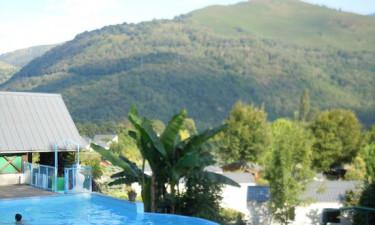 Naturlig pool med panoramaudsigt
