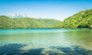 Camping ved Levicosøen i Norditalien