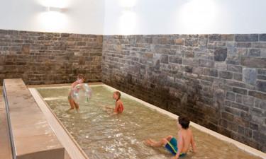 Fri adgang til pool og faciliteter på nærliggende feriested